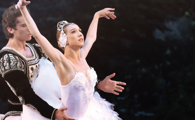 Isabella Boylston - Swan Lake - Odette