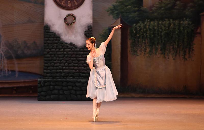 coppelia-singapore dance theater - chihiro uchida